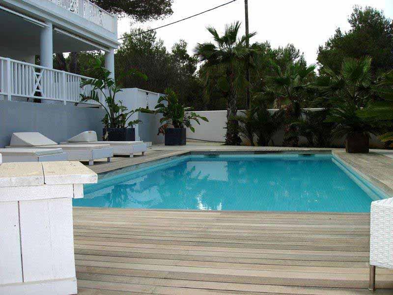 Casaviva Ibiza Inmobiliaria: Moderna villa con vistas al mar en Cala Conta - San Jos�.