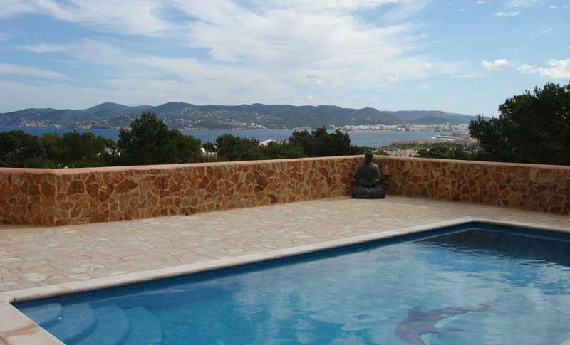 Casaviva Ibiza Inmobiliaria: Casa con bonitas vistas al mar al lado de Cala Bassa. - San Antonio.