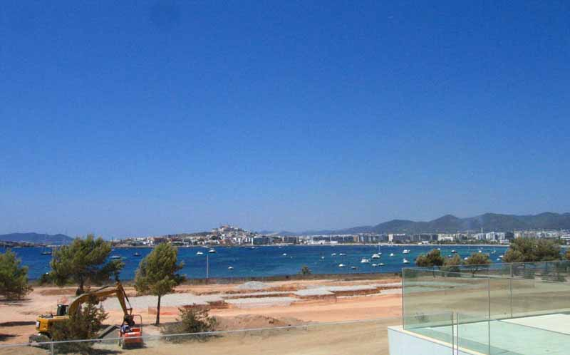 Casaviva Ibiza Inmobiliaria: Luxury 1st floor apartment with access to the beach in Es Pouet - Talamanca