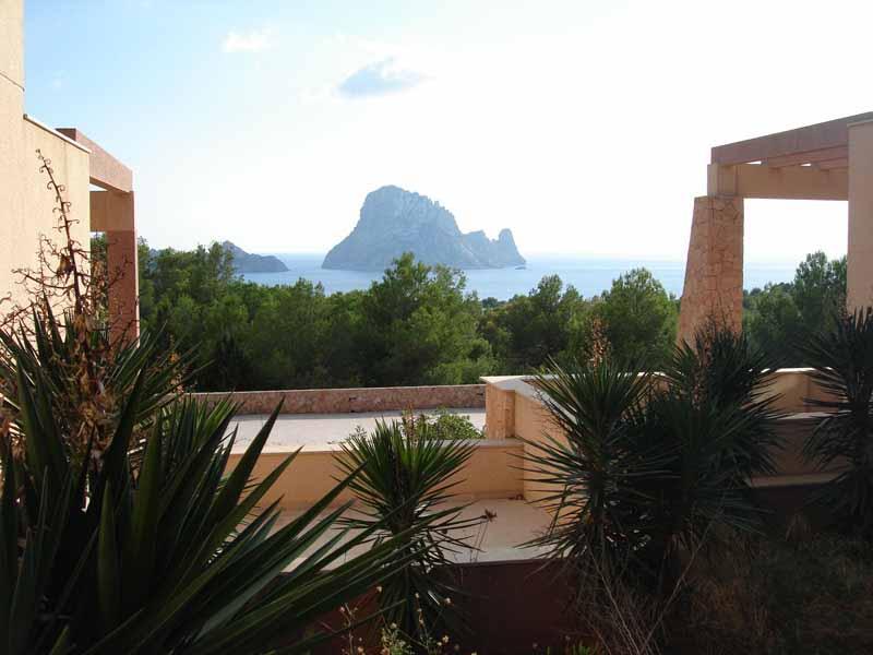 Casaviva Ibiza Inmobiliaria: Promoci�n de adosados con vistas a Es Vedr� en San Jos� - Ibiza.