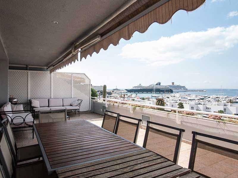 Casaviva Ibiza Inmobiliaria: �tico con increibles vistas al mar en Marina Botafoch - Ibiza.