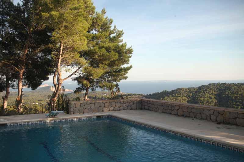 Casaviva Ibiza Inmobiliaria: Finca payesa con vistas al mar situada en San Jos�.