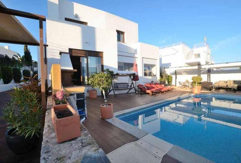 Casaviva Ibiza Inmobiliaria: Casa de obra nueva situada en el pueblo de Santa Gertrudis - Santa Eulalia.