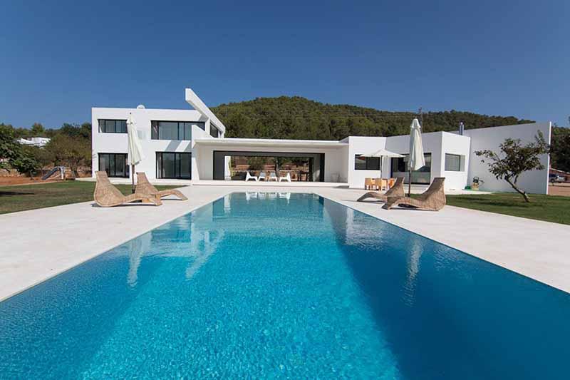 Casaviva Ibiza Inmobiliaria: Espectacular villa moderna situada en San Juan.