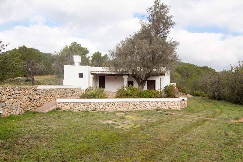 Casaviva Ibiza Inmobiliaria: Finca con mucho terreno situada en Santa In�s - San Antonio.