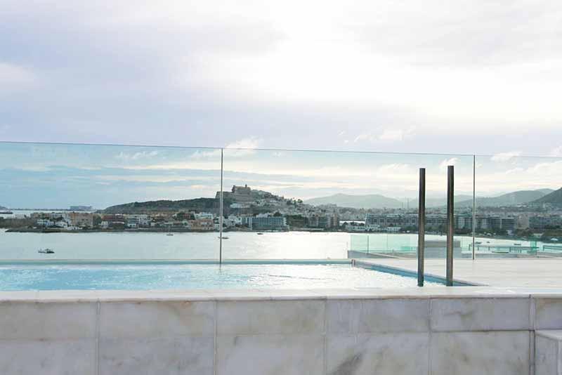 Casaviva Ibiza Inmobiliaria: �tico con solarium privado en exclusiva urbanizaci�n de Es Pouet - Talamanca.